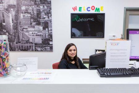receptionist-office